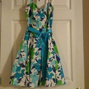 Dresses & Skirts - Springtime Sundress